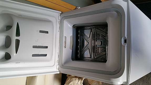 Aeg Kühlschrank Gebraucht : Kühlschrank aeg waschmaschine bauknecht sofa leder hell er
