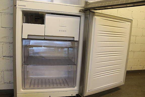 Kühlschrank Kombination : Kühl gefrier kombination hoork