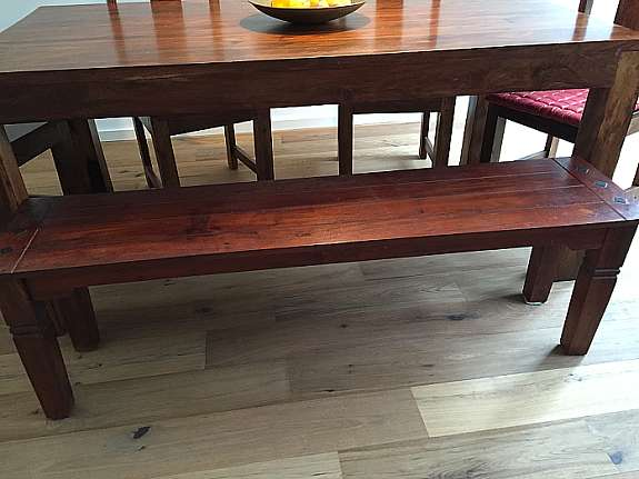 Sitzbank Kolonialstil tisch aus sheesham holz mit 4 stühlen und sitzbank kolonialstil 1